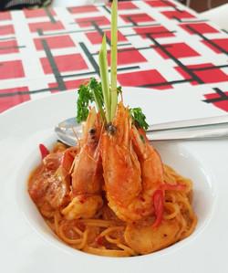 Spaghetti Tom Yum Goong