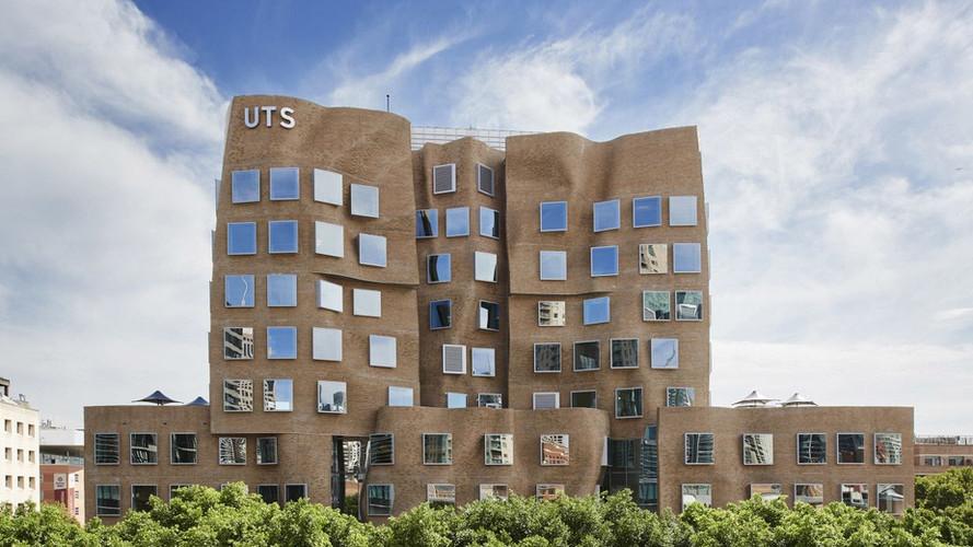 University of Technology Sydney - Dr Chau Chak