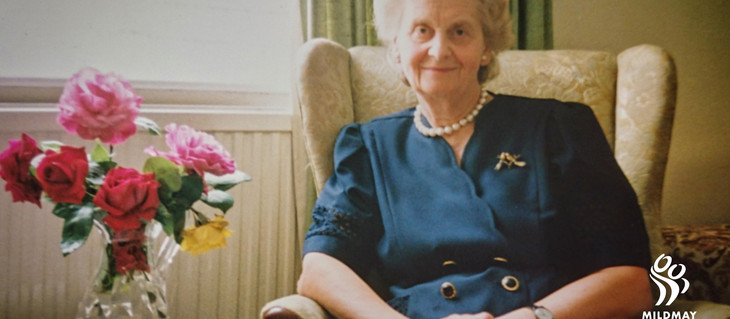 Book of condolence for Helen Taylor Thompson, 1924-2020