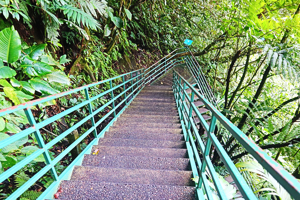 La Fortuna Waterfall Stairs