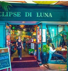 Eclipse De Luna Miami Circle