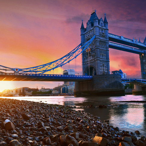 5 Ways to Transform and Travel: London, England