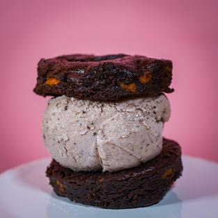 Sweet Potato Brownie with Cookie N Cream