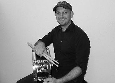 Foto Hermann mit Snare Drum.jpg