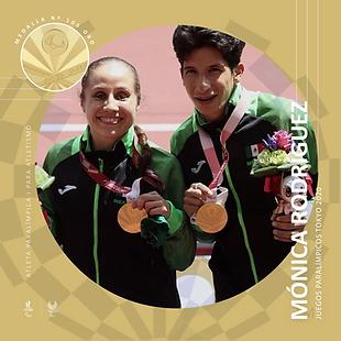 medalla 100 monica_Mesa de trabajo 1.png