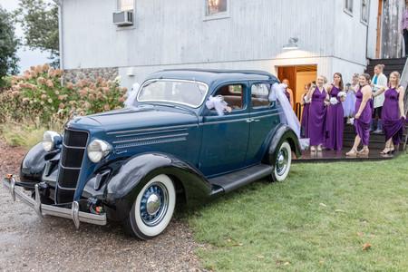 hidden vineyard wedding barn get away car