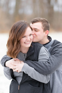 family photo shoot winter south haven kissing