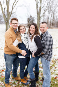 family photo shoot winter south haven