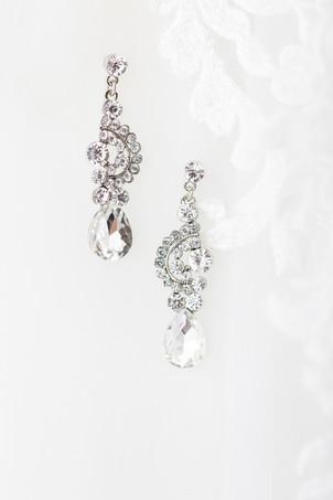details earrings wedding American 1 event center Jackson michigan