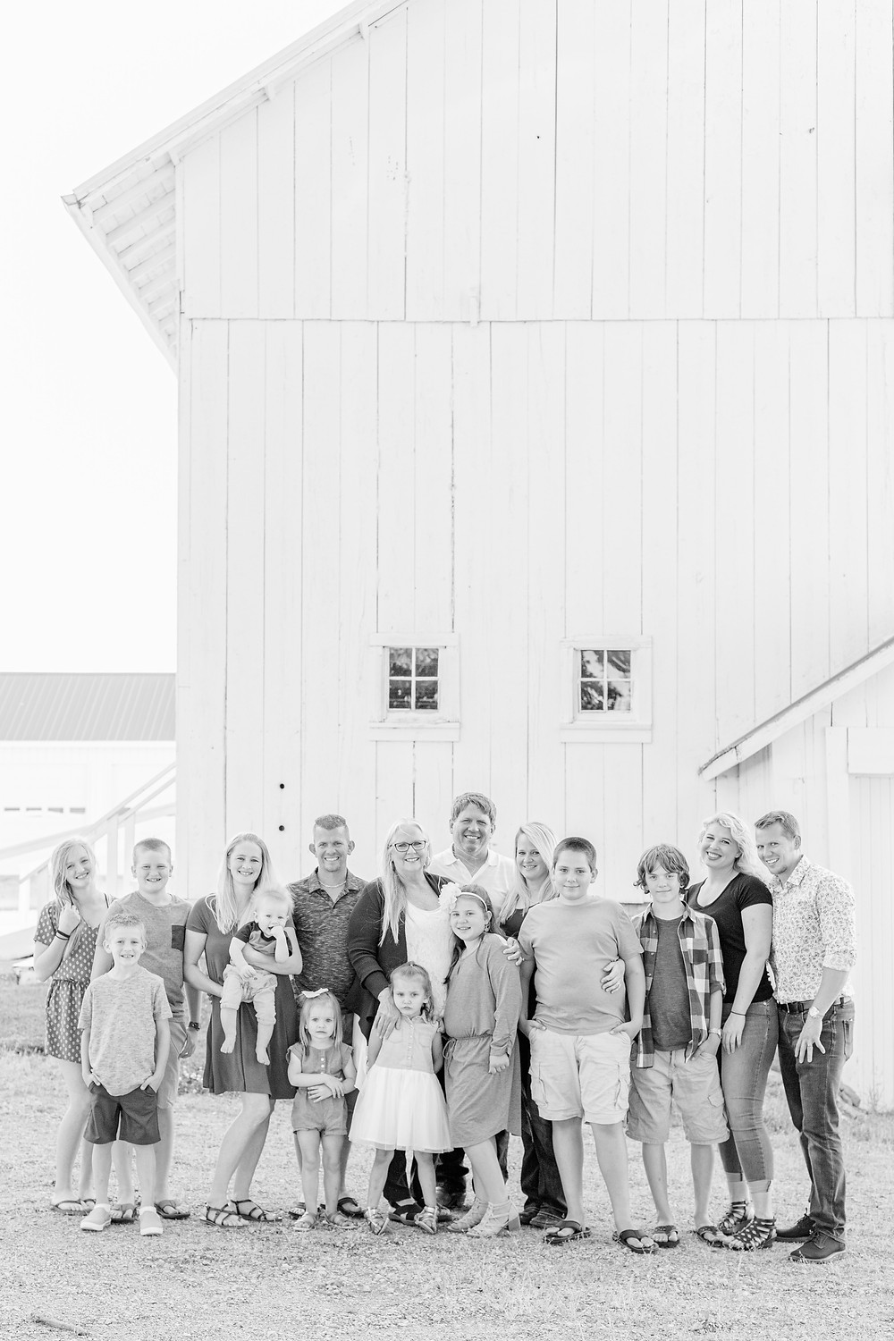 cute family coordinating outfit engel farms photo shoot