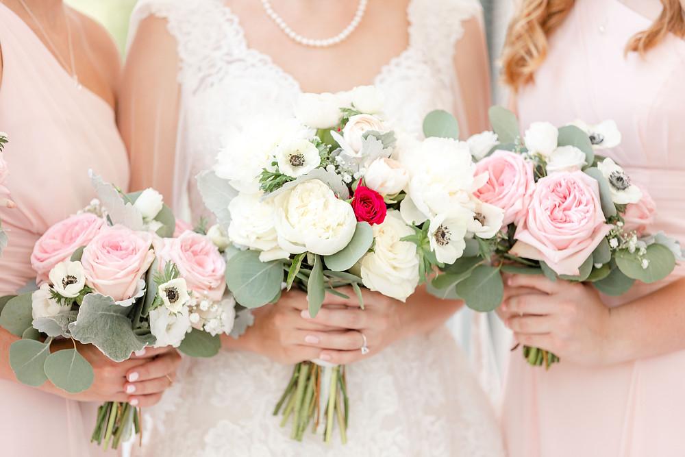 Bride and Bridesmaids bouquets Rose Hill Antebellum Lockerly Arboretum Milledgeville Georgia Wedding