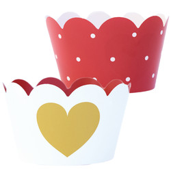 Valentine cupcake treat holder