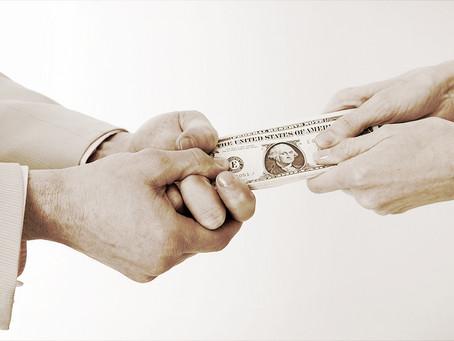 Граждане РФ не обязаны выплачивать кредиты супругов