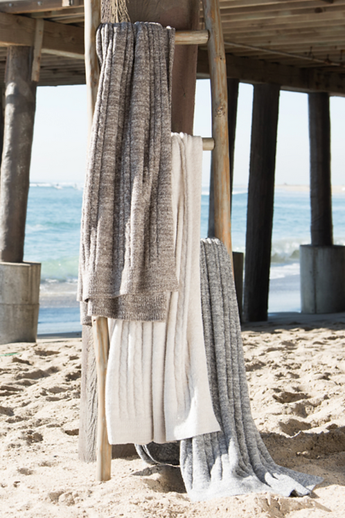 Barefoot Dreams® Cozy ChicLite® Heathered Cable Blanker