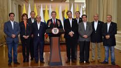 """""""Convocaré a todas las fuerzas políticas"""": presidente Santos"""