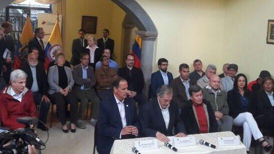 Rueda de prensa de equipos negociadores en Quito, Ecuador. / Foto: Equipo Negociador del Gobierno.