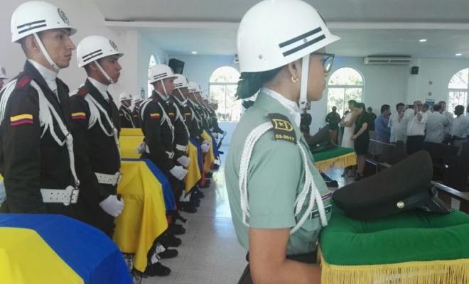 Honores póstumos a Policías sacrificados en Barranquilla. / Foto: Policía Nacional.