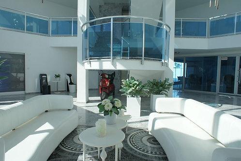 Квартира - пентхаус 2+1 в White line rezidance в Кестель(код 201200)