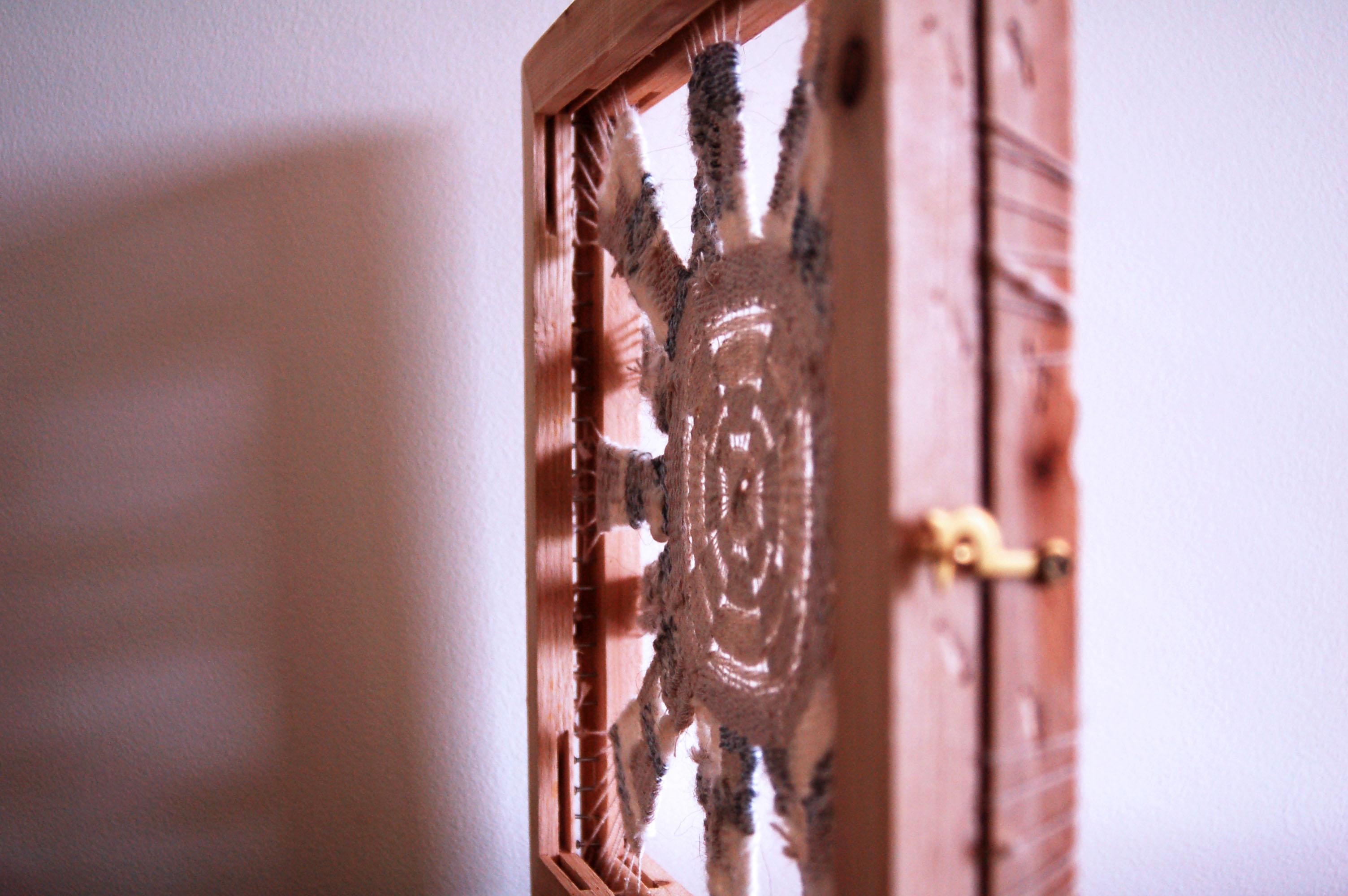 Dwi Wi Why Frame Detail