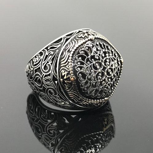 925k Sterling Silver Carved Design Heavy Men's Ring
