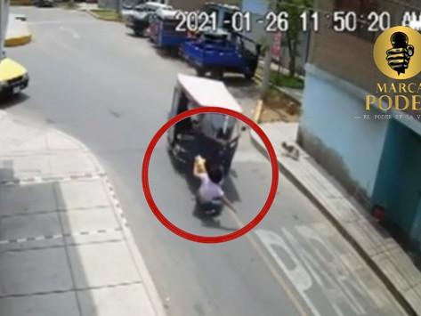 [VIDEO] POLICIA FUE ATROPELLADA POR LADRÓN QUE LA ASALTÓ EN COMAS