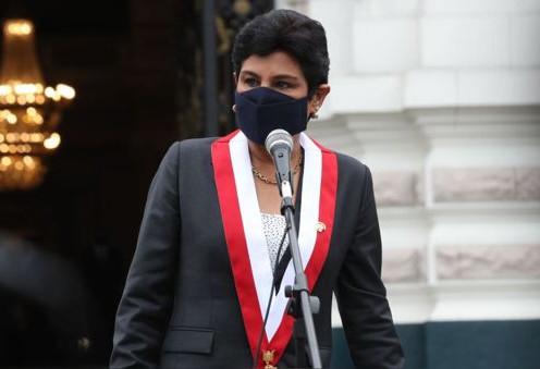 """NORMA YARROW: """"NOSOTROS NO TENEMOS MIEDO A QUE NOS CIERREN EL CONGRESO""""."""