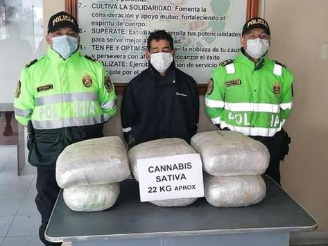 PNP CAPTURA A SUJETO QUE TRANSPORTABA 22 KG DE MARIHUANA EN LA LIBERTAD