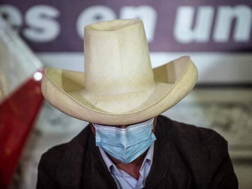 IPSOS: 61% DE PERUANOS PIENSA QUE CASTILLO NO TIENE LIDERAZGO PARA RESOLVER LOS PROBLEMAS DEL PAÍS