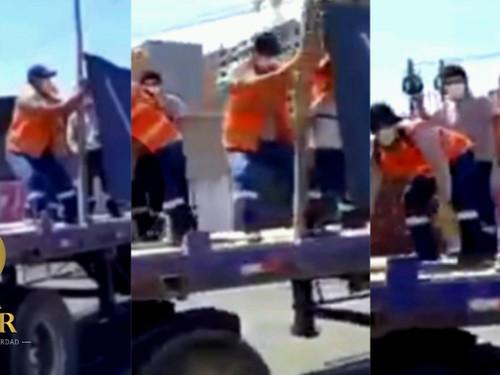 [VIDEO] TRANSPORTISTAS EN PARO SE GRABAN BAILANDO PARA TIK TOK EN CAMIONES