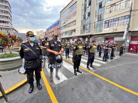 PNP HARÁ CUMPLIR RESTRICCIONES EN MESA REDONDA Y MERCADO CENTRAL