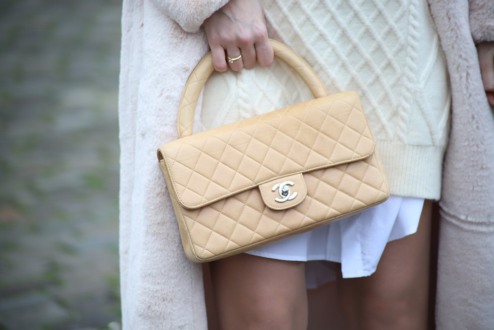 chanel-kelly-handletop-bag-beige.jpg
