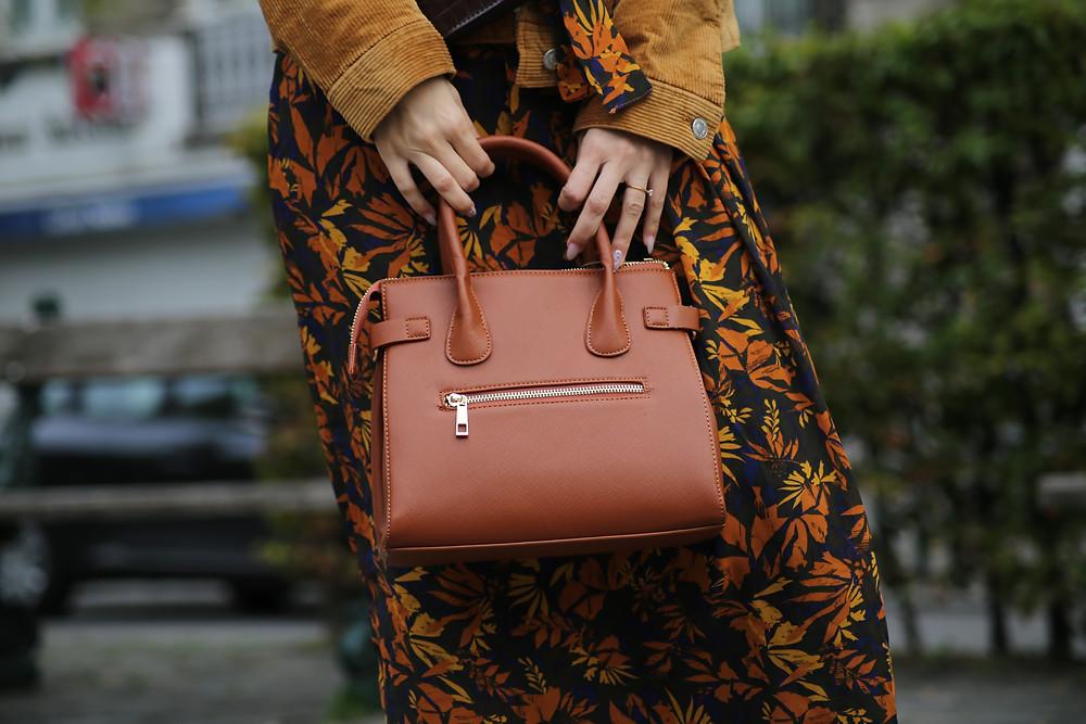 handbag-camel.jpg