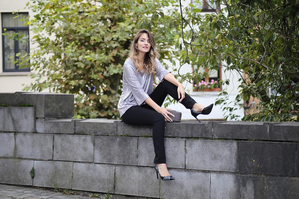 leggings-and-high-heels.jpg