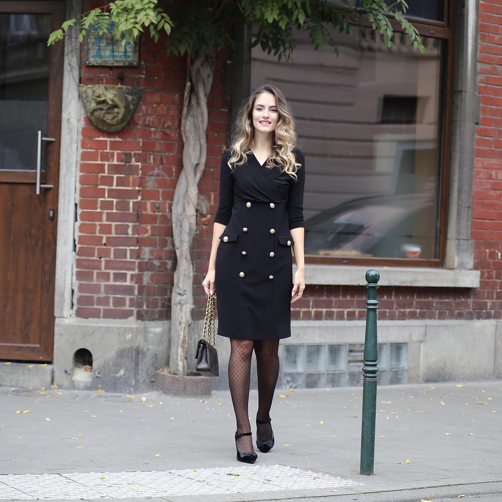 dress-with-pantyhose.jpg