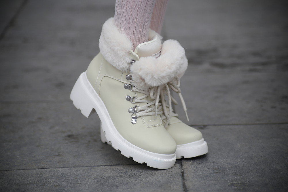 kendall-kylie-faux-fur-boots.jpg