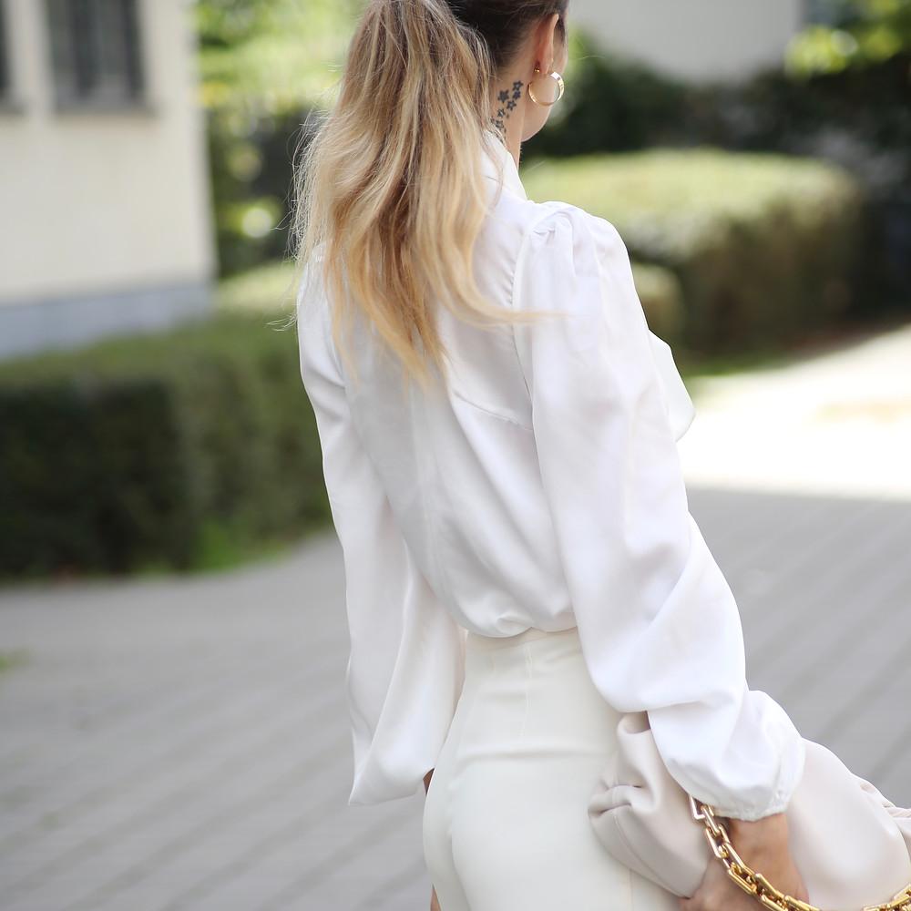 white-shirt-bat-sleeves.jpg
