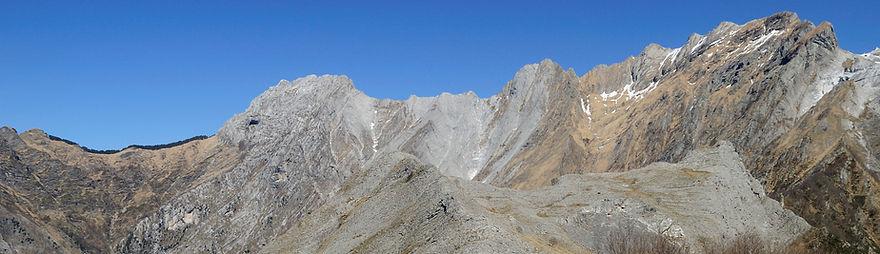 Il castagnolo e la Mandriola - Alpi Apuane
