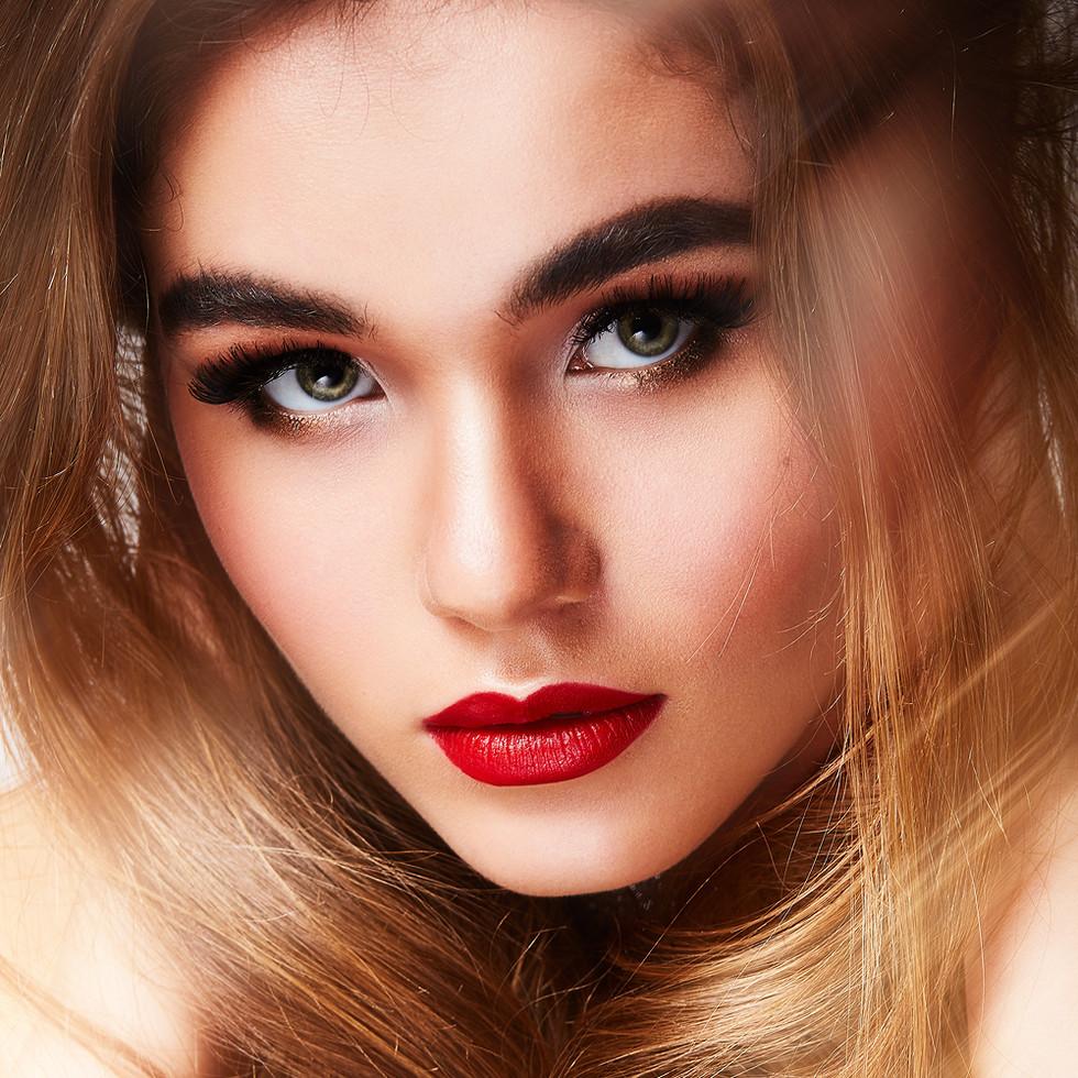 Glamuor Make-Up