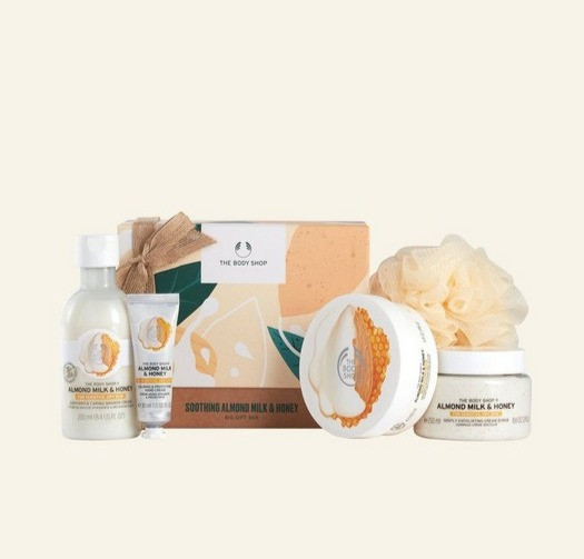 The Body Shop Almond Milk & Honey Big Gift Box