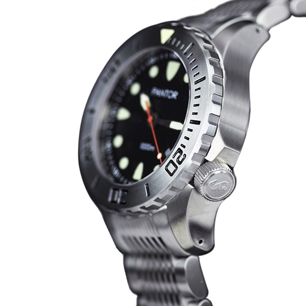Pantor Seahorse 1000M dive watch with screw down crown