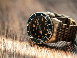 How to maintain your dive watch