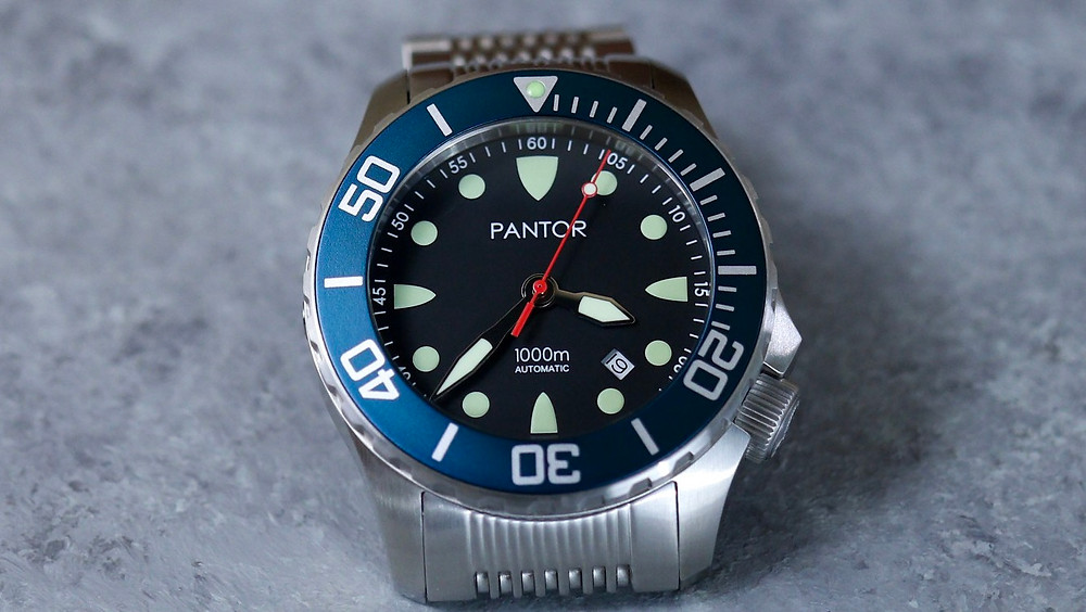 Pantor Seahorse 1000M diver watch