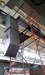 Специалисты компании СпецВодоКанал выполняют работы по очистке промышленной вентиляции на высоте до 6 метров. Используются строительные леса и передвижные туры. После очистки вентиляции (при необходимости) возможно проведение дезинфекции вентиляции.