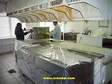 Специалисты компании СпецВодКанал проводят работы по очистке вентиляции кухни механическим и гидродинамическим способом; работы по дезинфекции вентиляции кухни. Перед началом работ оборудование кухни укрывается пленкой.