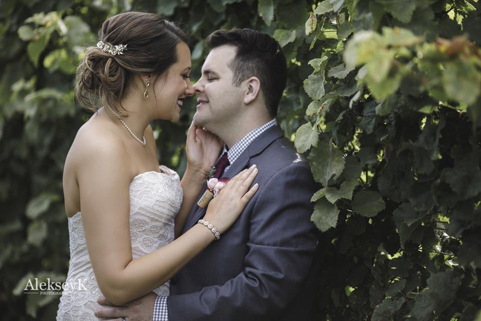 toro-run-winery-wedding-photos-ovid-ny-44