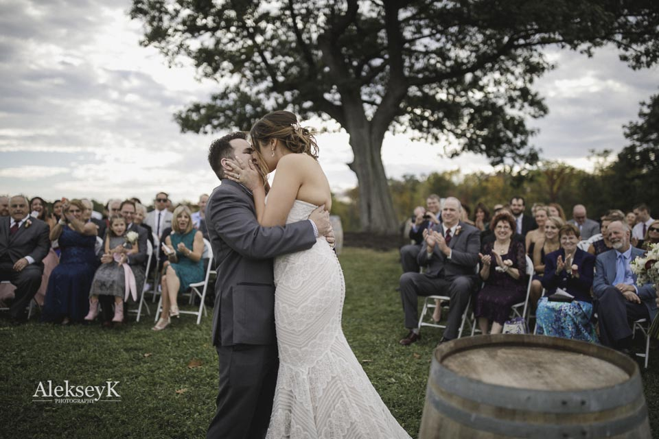 toro-run-winery-wedding-photos-ovid-ny-58