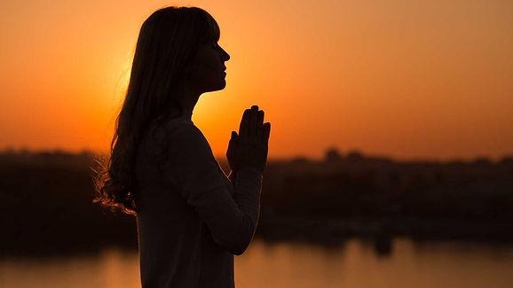 prayerhandsup4.jpg