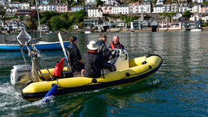 Volunteers & sailors - Powerboat 2 course