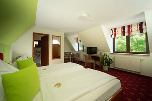 berghotel-talblick-zimmer-superior2.jpg