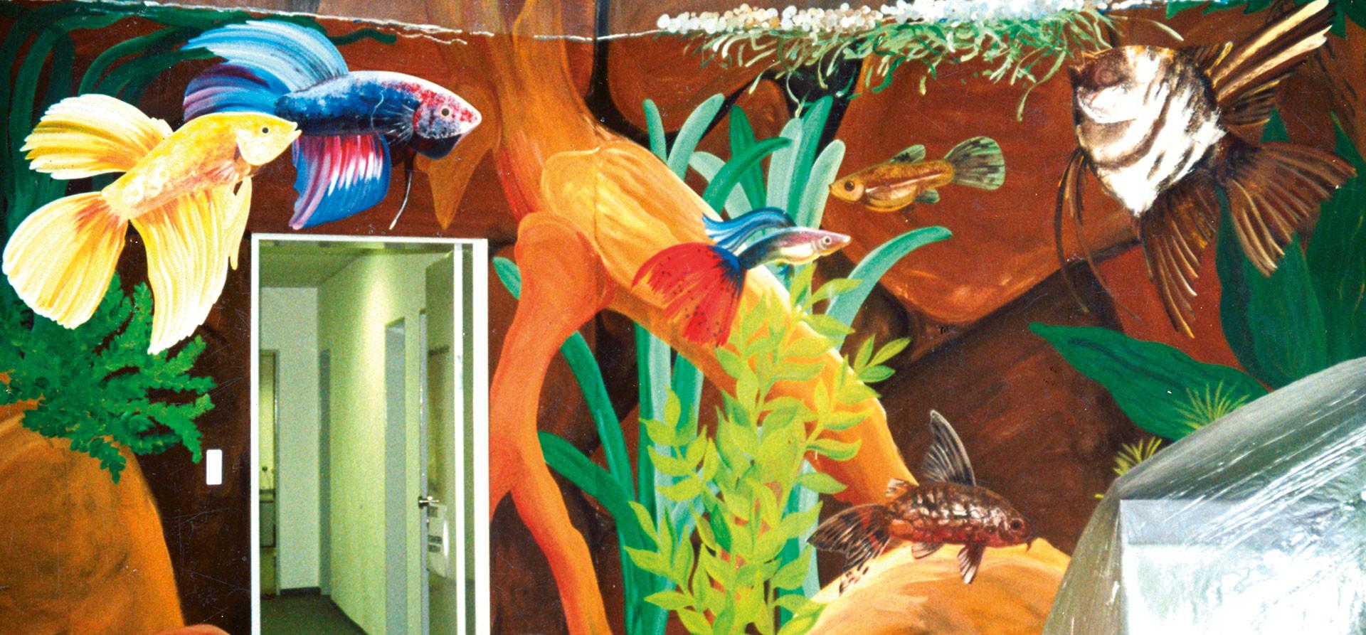 Wandmalerei Aquarium mit Zierfischen